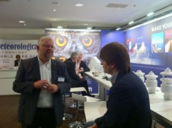 SIRWEC2012 LUFFT stand KS in discussion with  Alexander D. from Moscow Roads